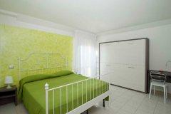 Family-room_404